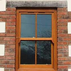 ventana-madera-pamplona